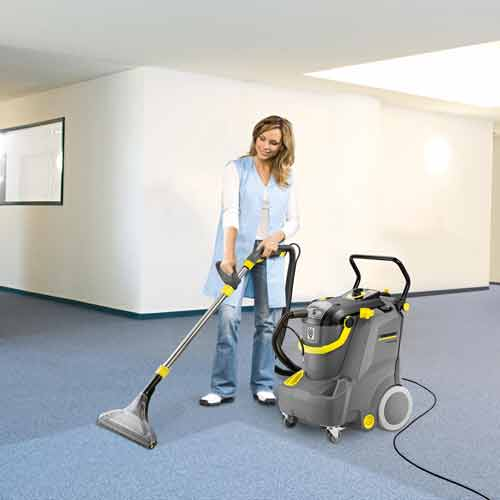 Karcher Puzzi 30 4 Spray Extraction Cleaners Huntoffice Ie