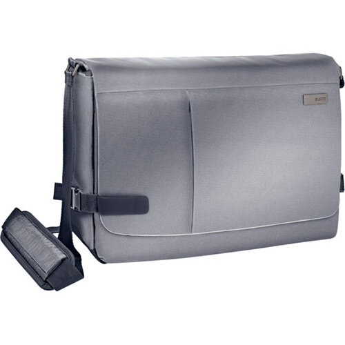 Leitz Complete 15.6in Laptop Messenger Bag Smart Traveller Silver