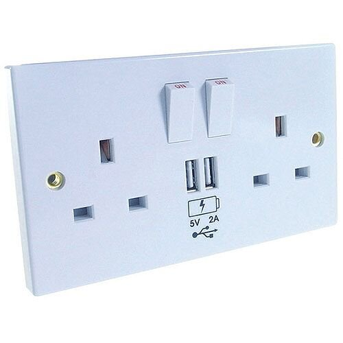 Connekt Gear UK Power Socket 2-Gang Mains with 2x USB Ports 2A White