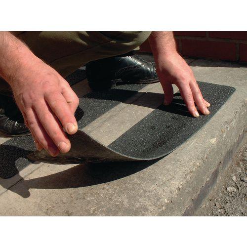 Flooring Anti-Slip Treads Flat Cleat 1mm,600X150mm,Bk