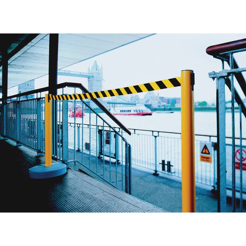 Barrier-Retractable 2xYellow Posts + 3.65M Yellow/Black Tape