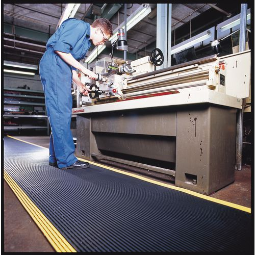 Matting Safety Pvc (Vynagrip+) 122Cm Widex10M Long Roll