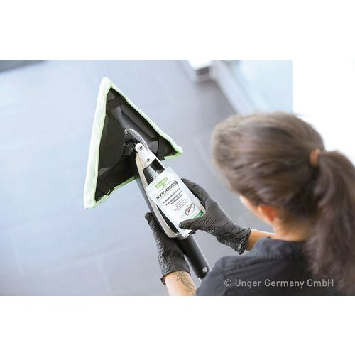 Unger Stingray Professional Handheld Internal Window Cleaner Unit Starter Kit