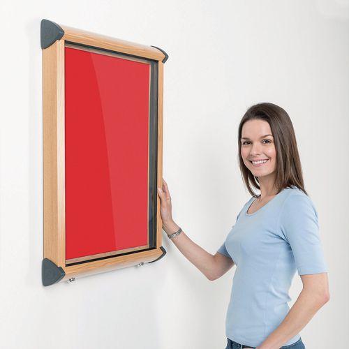 Shield Light Oak Wood Effect Exterior Showcase Lockable Notice Board 9xA4 Scarlet Red