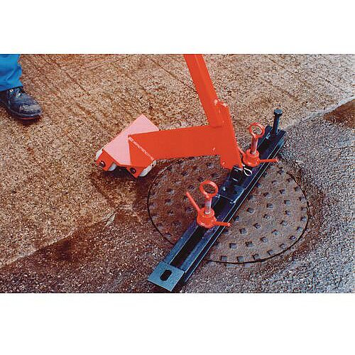 Manual Manhole Cover Lifter Lightweight