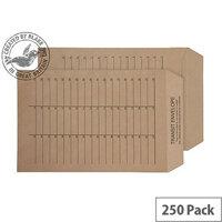 Purely Everyday Internal Mail Pocket UnGum Manilla 90gsm C4 (Pack of 250)