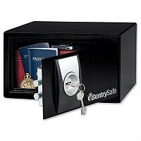 SentrySafe Master Lock X031 Security Safe Key Lock 4mm Door 2mm Walls 9.9 Litre 6.8kg W290xD264xH167mm Ref X031 zzvv 716025