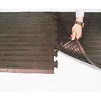 Grid Backed Rubber Safety Matting Interlocking End And Middle Sections 790mm x 710mm
