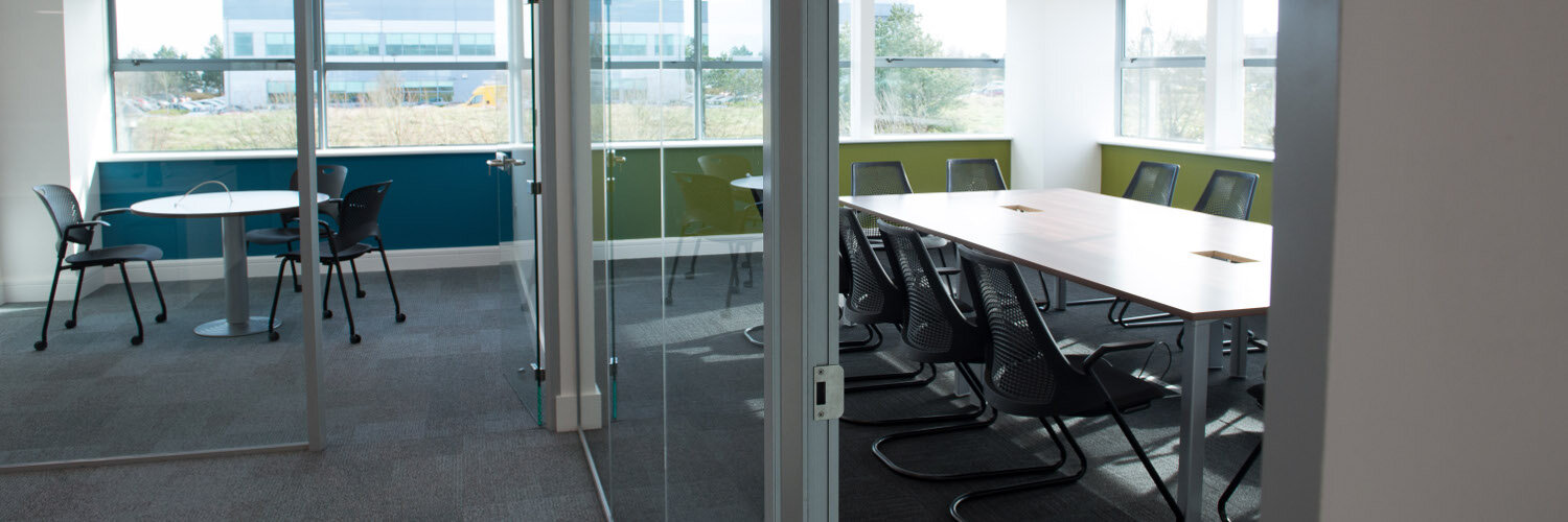 Amazon Project Phase 1 Boardroom Amp Meeting Room Fitout By